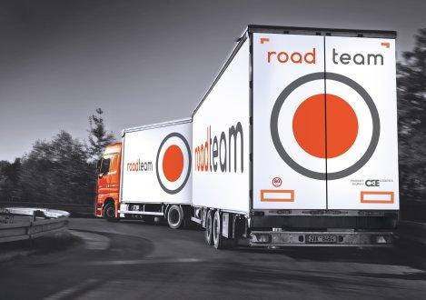 Nebezpečné předjíždění kamionu